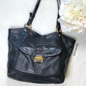 B. Makowsky black leather purse